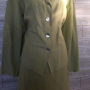 Crossing Point 2-piece linen/silk blend skirt set